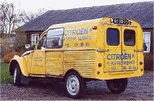 2cv camionnette publicitaire